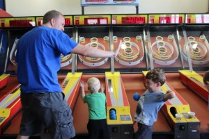 Skeeball High Five at Chuck E Cheese